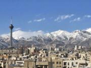 هوای تهران در مرز پاکی است