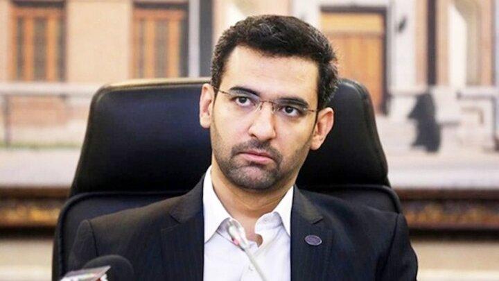 وزیر ارتباطات بعد از برد استقلال هم کری خواند!