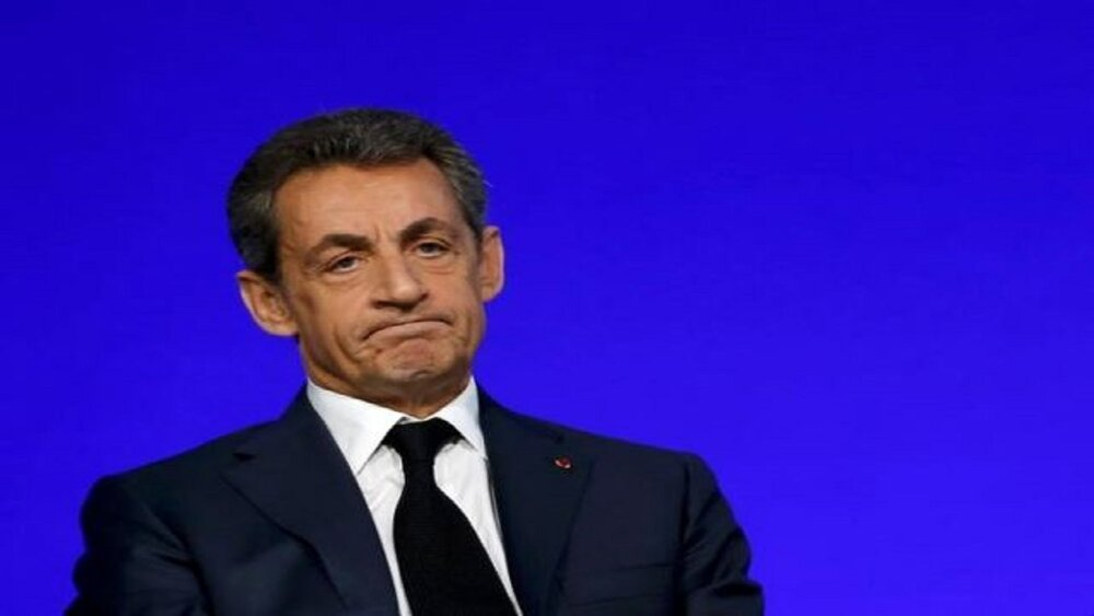 فرانسه نیکولاس سارکوزی را متهم اعلام کرد