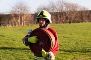 اولین آتش نشان محجبه زن در انگلیس