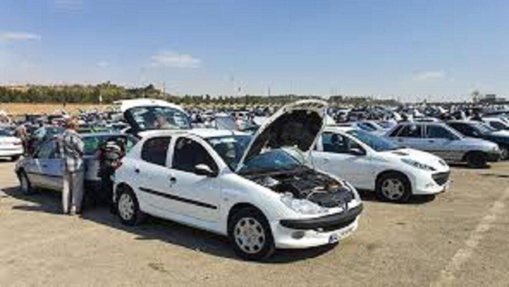 قیمت روز انواع خودروی داخلی و وارداتی در ۲۸ فروردین