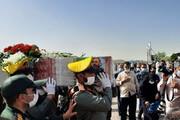 پیکر سردار حجازی در کنار برادر شهیدش آرام گرفت
