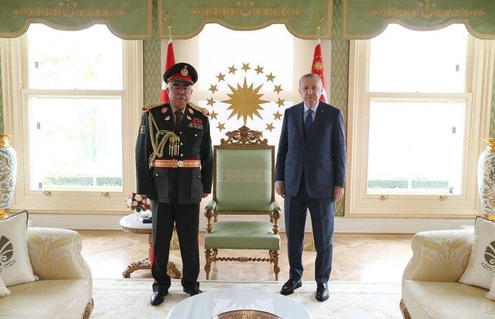 دیدار رهبرحزب جنبش ملی افغانستان در ترکیه با اردوغان