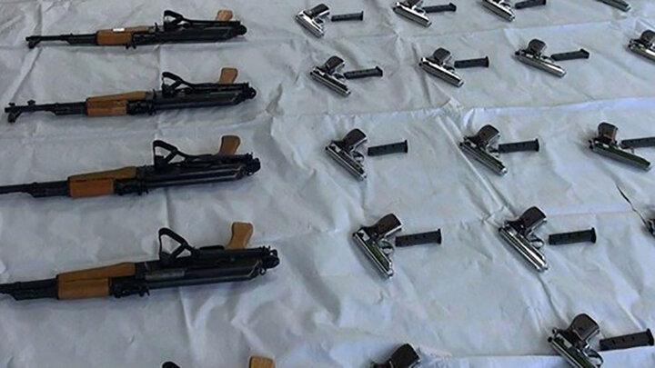 قاچاقچی سلاح جنگی در غرب تهران به دام افتاد