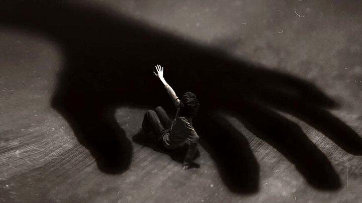 نجات پسر معلول از شکنجه های نامادری + عکس