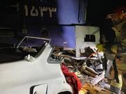 نجات راننده محبوس در پراید در برخورد قطار + عکس ها