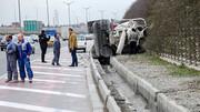 واژگونی هولناک کامیون در شرق تهران / راننده زنده ماند
