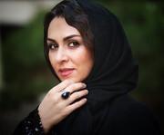 حال و هوای شیوا ابراهیمی در میان قاصدک ها + عکس