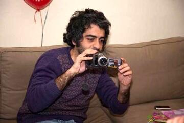 فیلم لحظات انتقال جسد تکه تکه بابک خرمدین توسط پدر و مادرش + فیلم