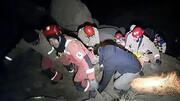 ۳ کوهنورد گرفتار در کوه پس از ۵ ساعت نجات یافتند/ جزئیات