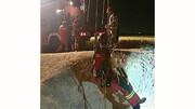 سقوط خودرو به داخل کانال آب جان سرنشینش را گرفت + عکس