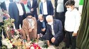 ادای احترام رئیس بنیاد شهید به مقام شامخ شهدای ورامین + عکس