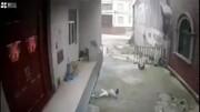 معجزه در زنده ماندن کودک در یک قدمی مرگ / سقوط مرگبار از ارتفاع + فیلم