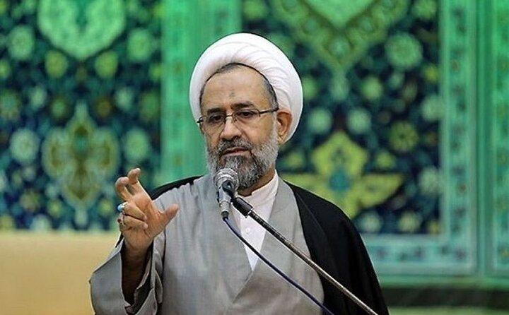 واکنش حیدر مصلحی به تحرکات احمدی نژاد