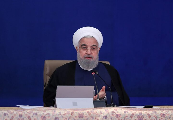 روحانی: دولت درمورد عملکرد خود با شجاعت پاسخگو خواهد بود