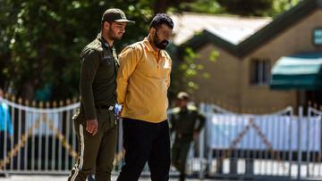 چه کسی وحید مرادی را در زندان کشت ؟ / شکایت همسر وحید مرادی از فیلم شنای پروانه! + جزییات