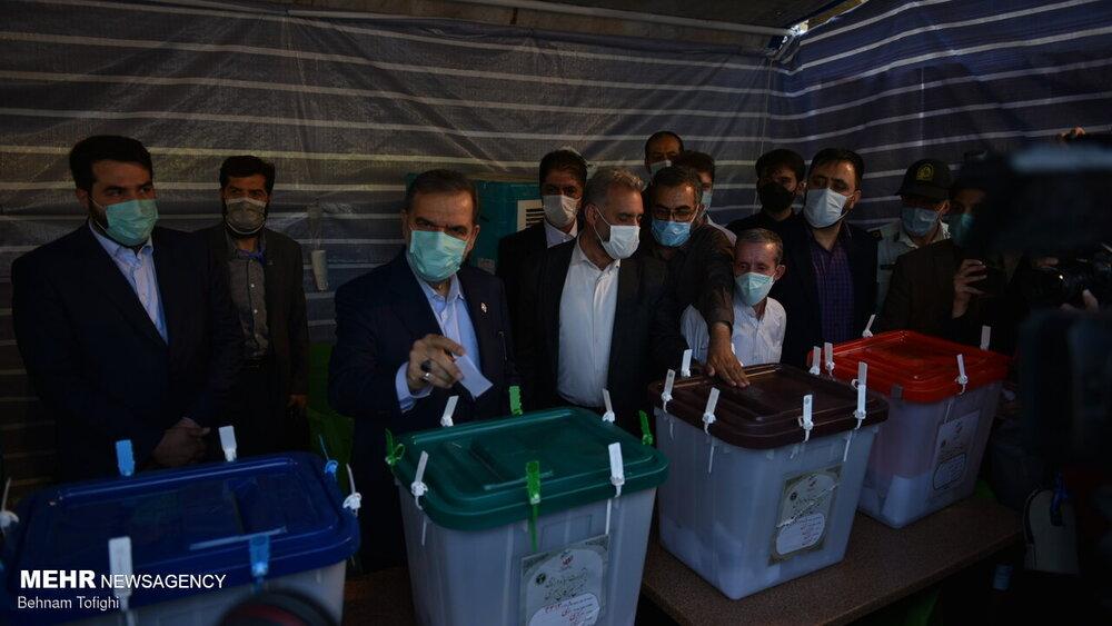 حضور محسن رضایی در انتخابات 1400