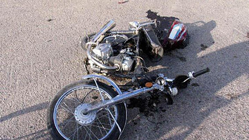 واژگونی موتورسیکلت در بزرگراه امام علی( ع ) / راکب راهی بیمارستان شد