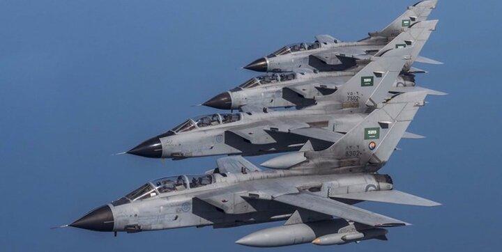 عربستان سعودی امروز 32 بار یمن را بمباران کرد