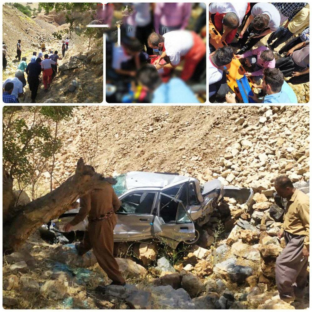 سقوط خودرو به دره