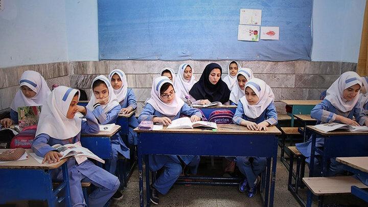 ترک تحصیل ۳ میلیون دانشآموز صحت ندارد