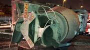 واژگونی هولناک کامیون در اتوبان کردستان / تصویر