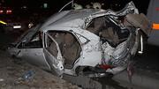 تصادف مرگبار ۳ کشته بر جای گذاشت / مزدا زیر تریلی له شد ! + عکس
