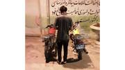 بازداشت سارق موتورسیکلت های آبادان / عکس