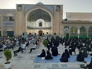 مراسم دعای پرفیض عرفه در صحن امامزاده جعفر (ع) پیشوا برگزار می شود