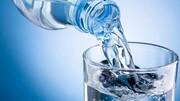 ضرورت نوشیدن ۸ تا ۱۲ لیوان آب در روزهای گرم