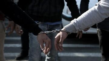 دستبند پلیس بر دستان سارقان سیم و کابل برق/ کارنامه ای با ۹ فقره سرقت