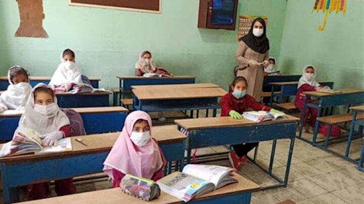 از روز عید غدیر معلمان واکسینه میشوند