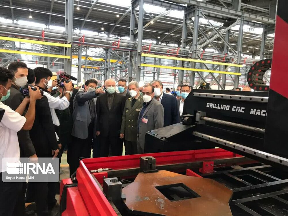 افتتاح کارخانه تولید خانههای پیشساخته با حضور وزیر دفاع و رئیس مجلس در پاکدشت