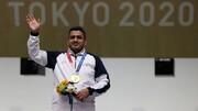 جواد فروغی مدالهایش را به موزه آستان قدس رضوی اهدا کرد