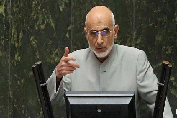 مخالف مجمع تشخیص با واردات خودرو