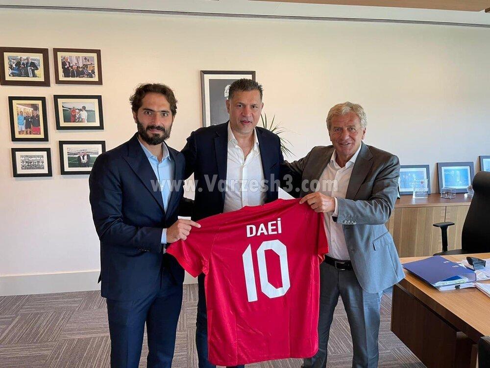 علی دایی، میهمان ویژه هفته اول لیگ قهرمانان اروپا