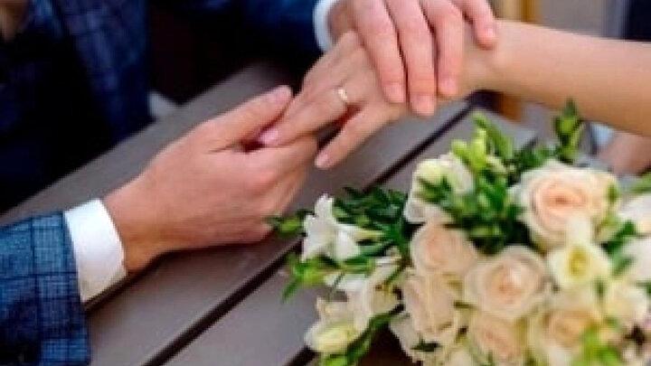 عروس و داماد ، خواهر برادر بودند/ در مراسم عروسی فاش شد