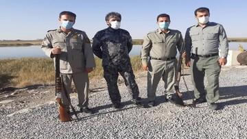 دستگیری ۲ شکارچی متخلف در تالاب گروس