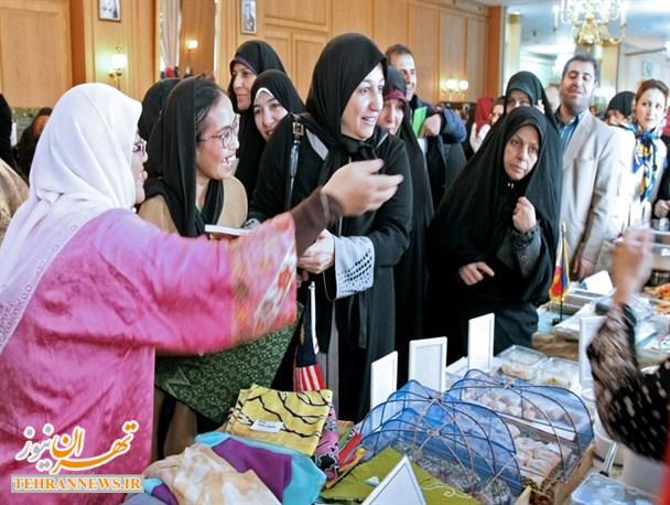 برگزاری هشتمین بازارچه خیریه انجمن بانوان دیپلمات وزارت خارجه