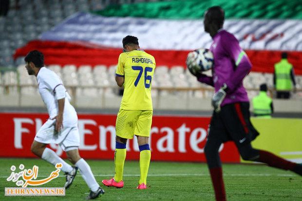 اقدام عجیب یک تماشاگر ایرانی در حمایت از تیم الجیش قطر!+ عکس