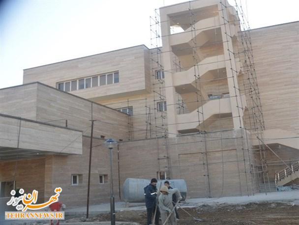 افتتاح تنها بیمارستان بهارستان به سال ۹۵ موکول شد