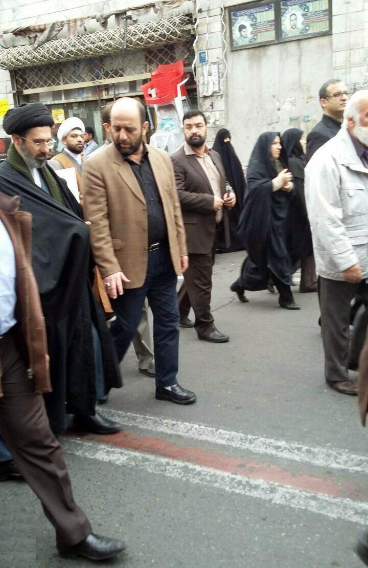 فرزند رهبر انقلاب در مراسم تشییع پیکر فرج الله سلحشور + عکس