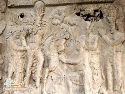 مذاکره زیر مجسمه زانو زدن «والرین» در برابر «پادشاه ایران» + عکس