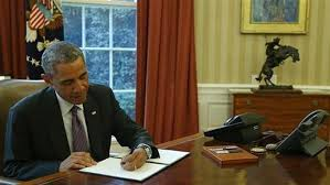 اوباما تحریمهای آمریکا ضد ایران را یک سال دیگر تمدید کرد