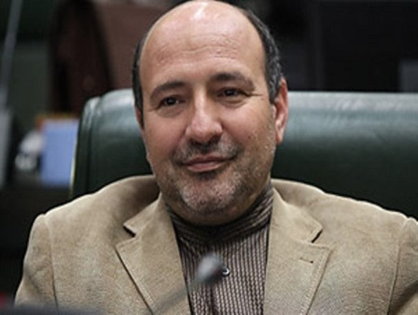 صنایع استان تهران از وضعیت مناسبی برخوردار نیستند/ رفع آلاینده های زیست محیطی از اصول استاندارد سازی است