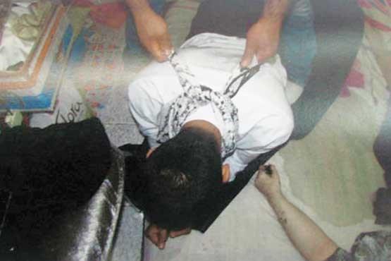 مرد همسرکش در ایستگاه محاکمه + عکس