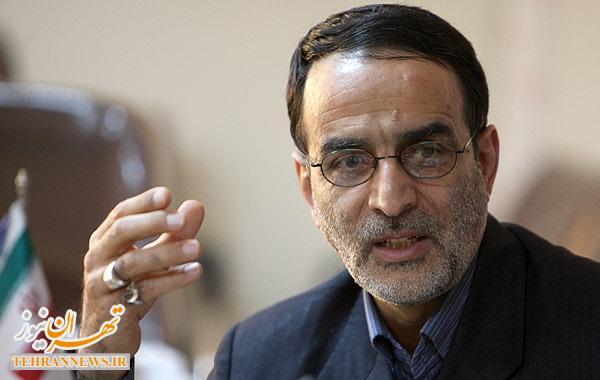 قراردادن سه عنصر نفوذی در تیم مذاکره کننده ایران توسط آمریکا/ مردم متوجه دروغ برخی از مسئولین مبنی بر پیروزی در برجام شده اند