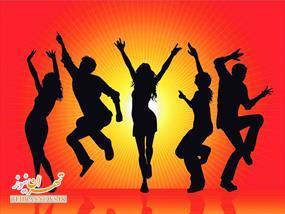 آگهی آموزش تضمینی رقص دستهجمعی! + تصویر
