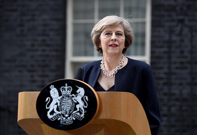نطق ضد ایرانی نخستوزیر انگلیس در جمع اعراب: آماده همکاری با کشورهای خلیج فارس علیه تهران هستیم