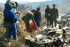 ۱۳ کشته در حادثه سقوط هواپیمای نیروی هوایی اندونزی